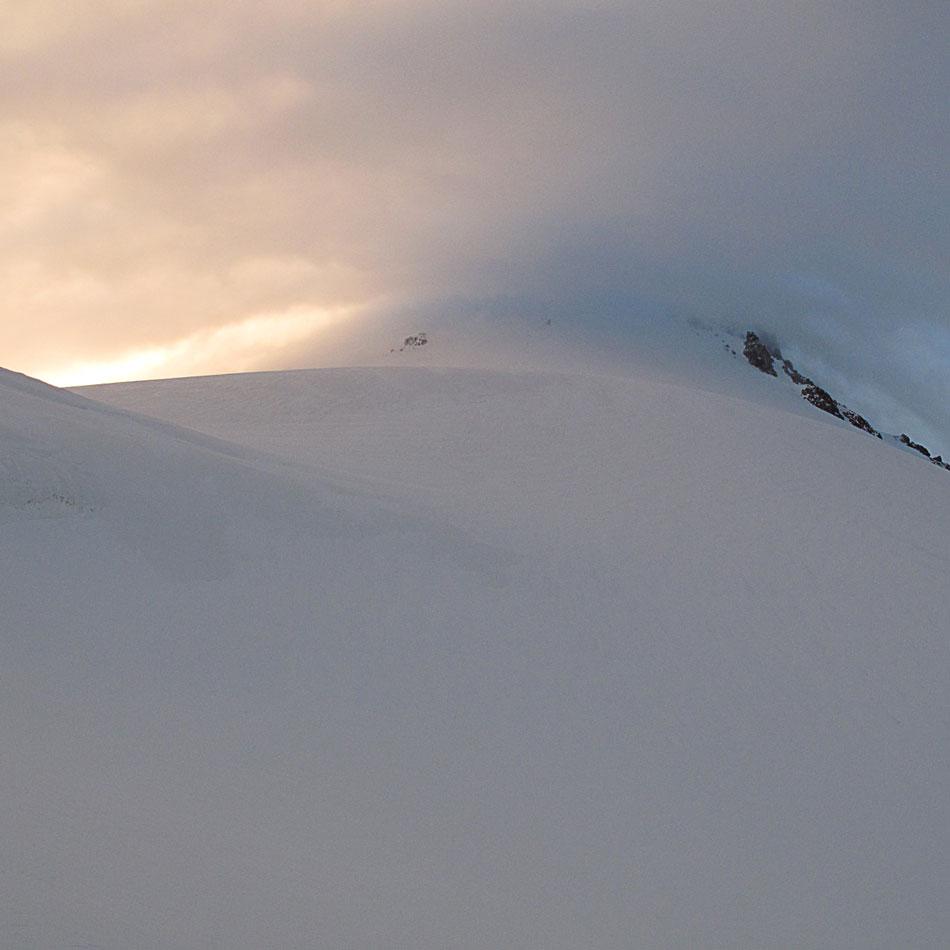Kazbek w chmurach