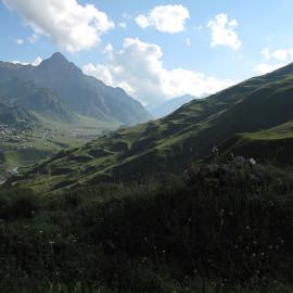 Widok na Kazbegi