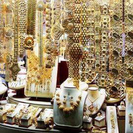 Witryna sklepowa na Złotym Rynku w Dubaju - Gold Souk Dubai